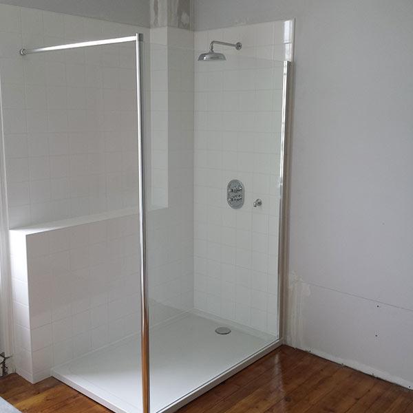 guillaume portron plombier chauffagiste lectricien sdb cl en main ligueil guide artisan. Black Bedroom Furniture Sets. Home Design Ideas